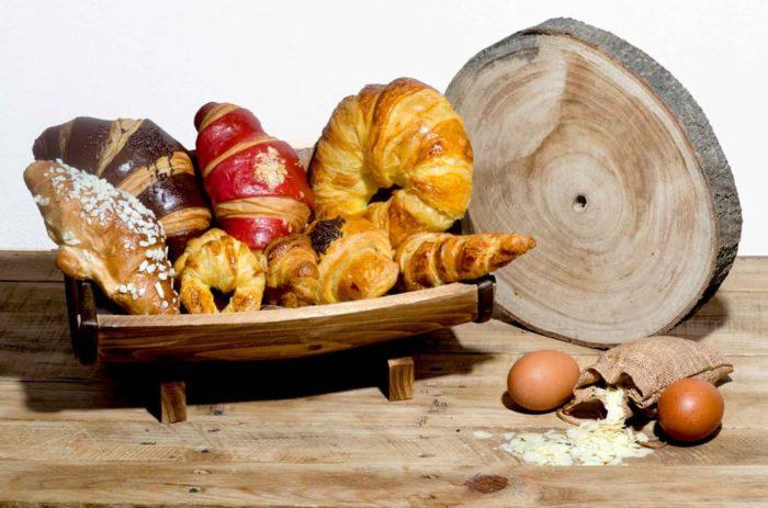 Desayunos a domicilio en Madrid y en toda España - Desayunos Kubala - Desayuno Croisants lovers