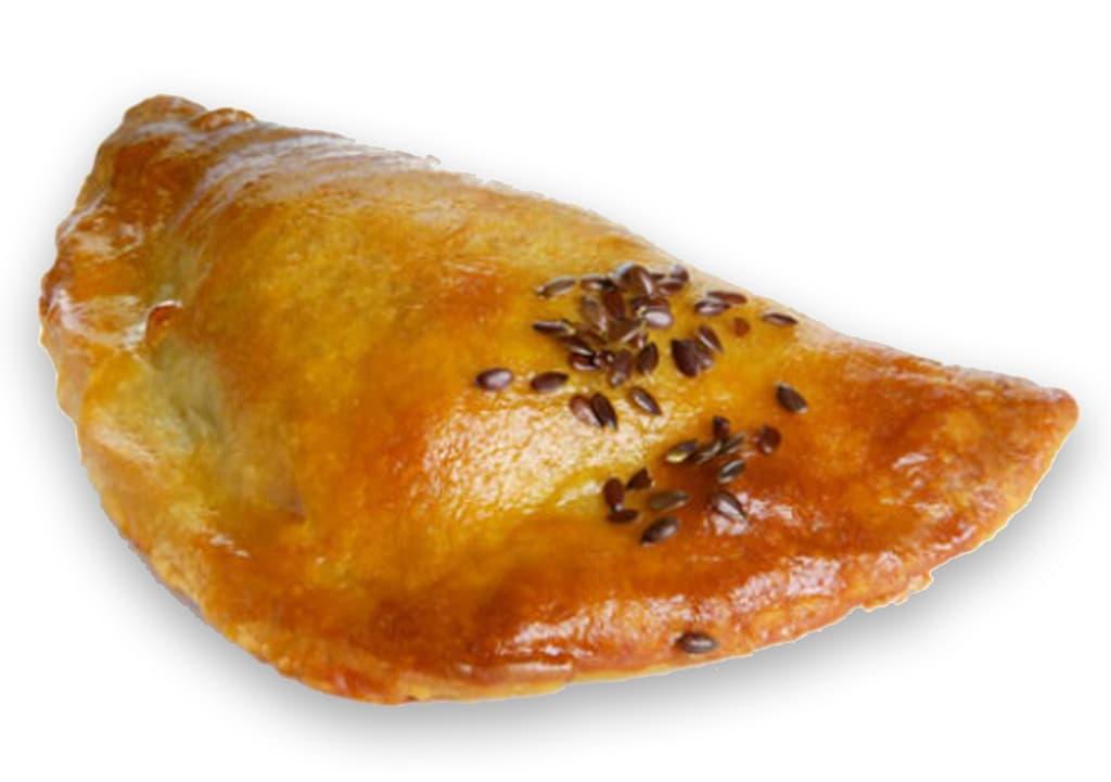 Desayunos a domicilio en Madrid y en toda España - Desayunos Kubala- Empanadilla de atún con tomate